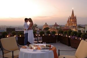 Romance in San Miguel de Allende